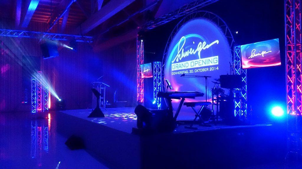 SMA-Event: Eröffnung Autohaus