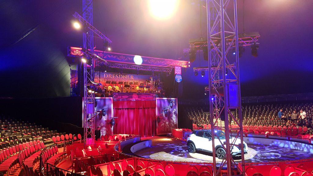 Die Manege im Dresdner Weihnachtszirkus